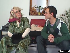 Lonely old grandma pleases young guy