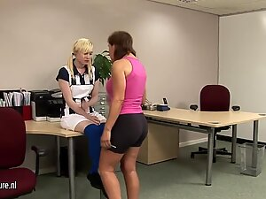 Blonde girl getting a lesson from tough mature slut