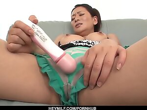 Mom with large boobs, first webcam porn experie